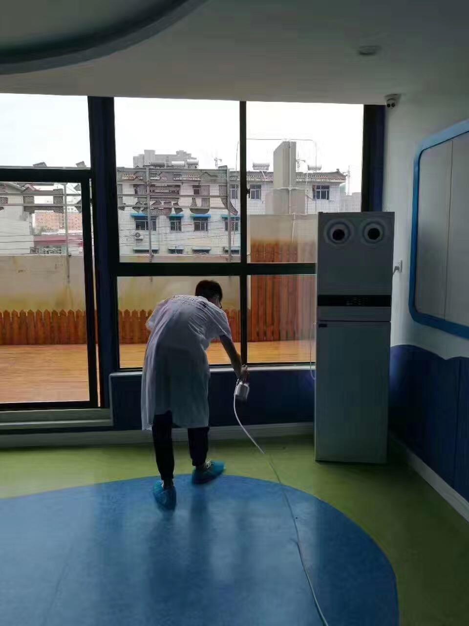 红黄蓝亲子园室内空气治理